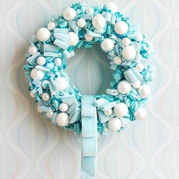 Голубой рождественский венок