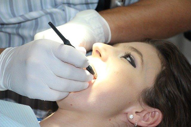 Современная стоматология. Удаление зубов