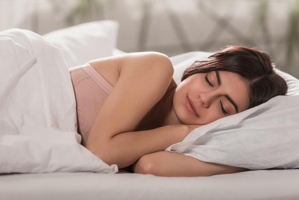 Как выбрать одеяло и постельное бельё для комфортного сна