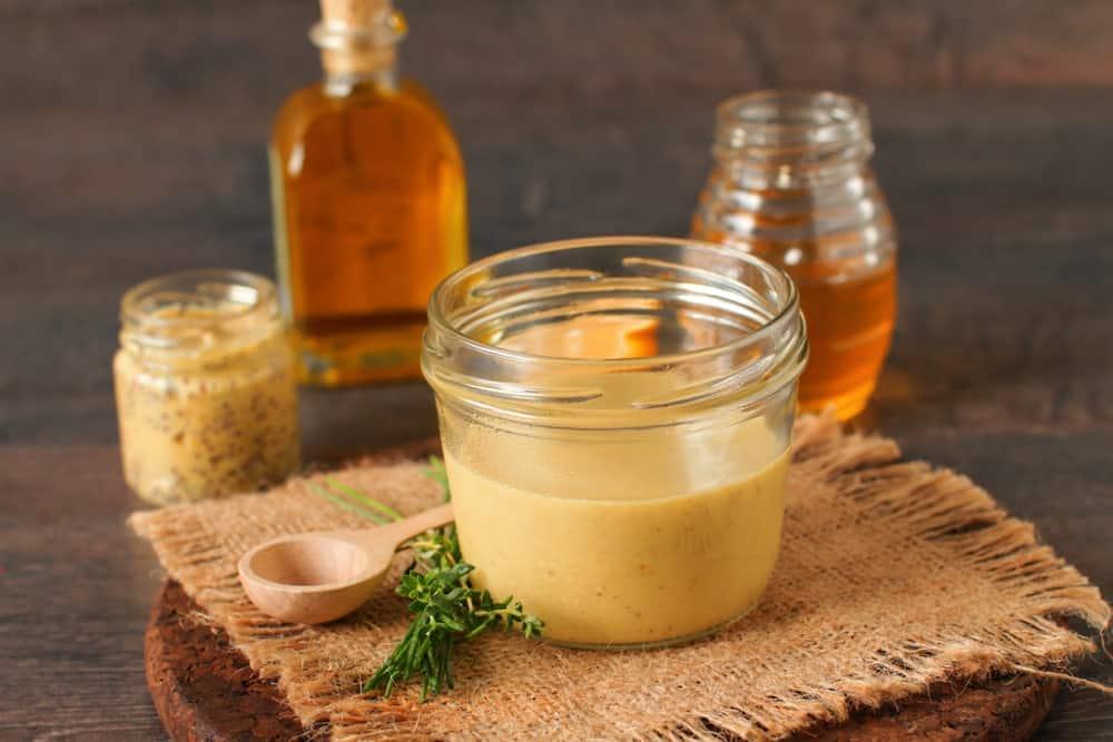 Действенные маски для волос с медом: домашние рецепты