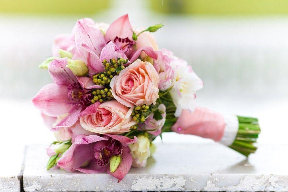 Подбираем букет цветов для выпускницы