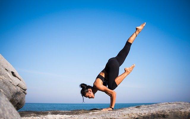 Йога в борьбе за женское здоровье