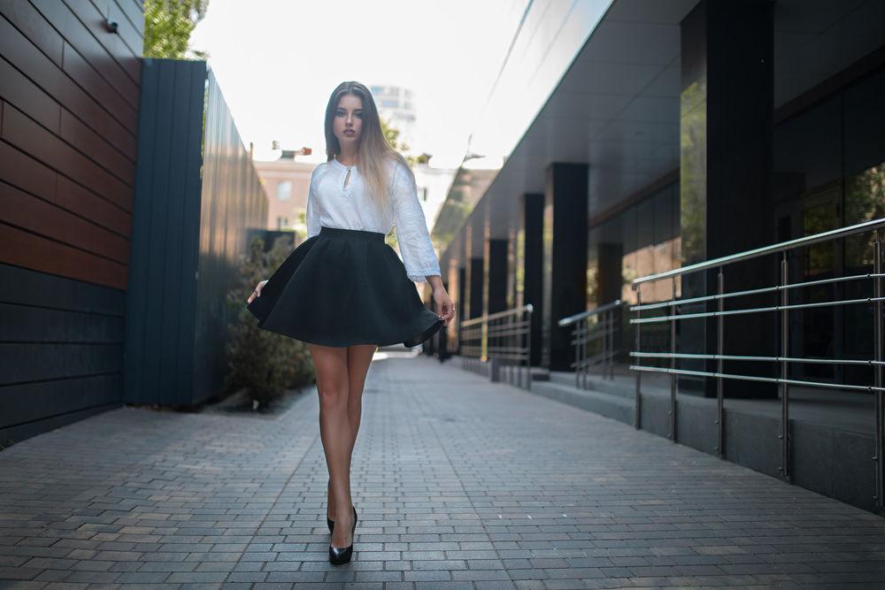 С чем носить длинную юбку осенью?