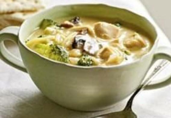 Суп с курицей и брокколи