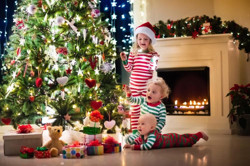 Чем занять детей на новогодних каникулах?