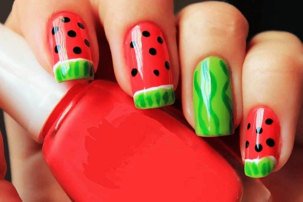 Рисунки дотсом на ногтях: последовательность и примеры