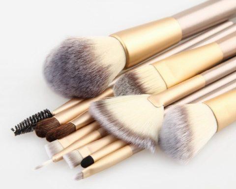 Кисточки для макияжа: для чего какая