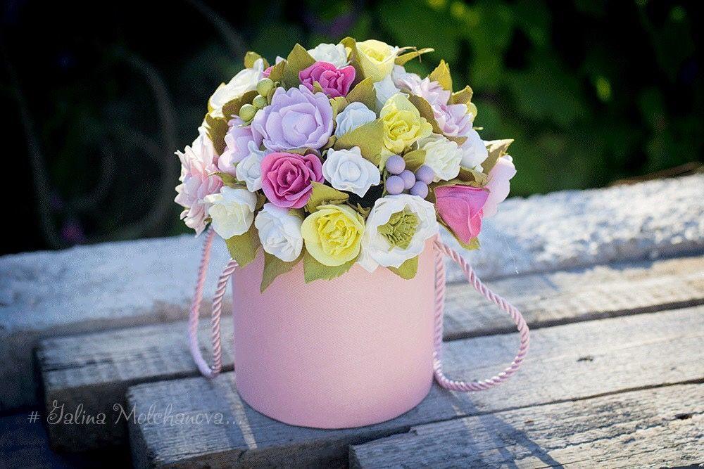 Составляем цветочную композицию из гвоздик