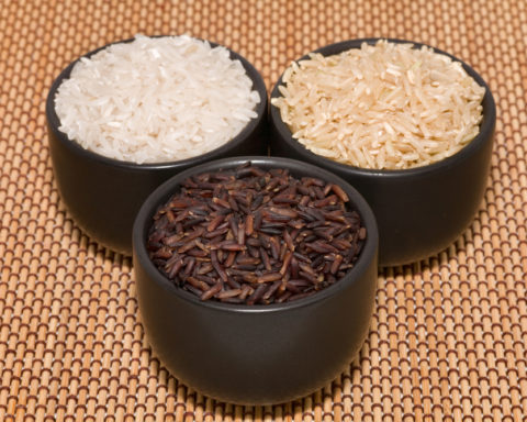 коричневый и белый рис фото