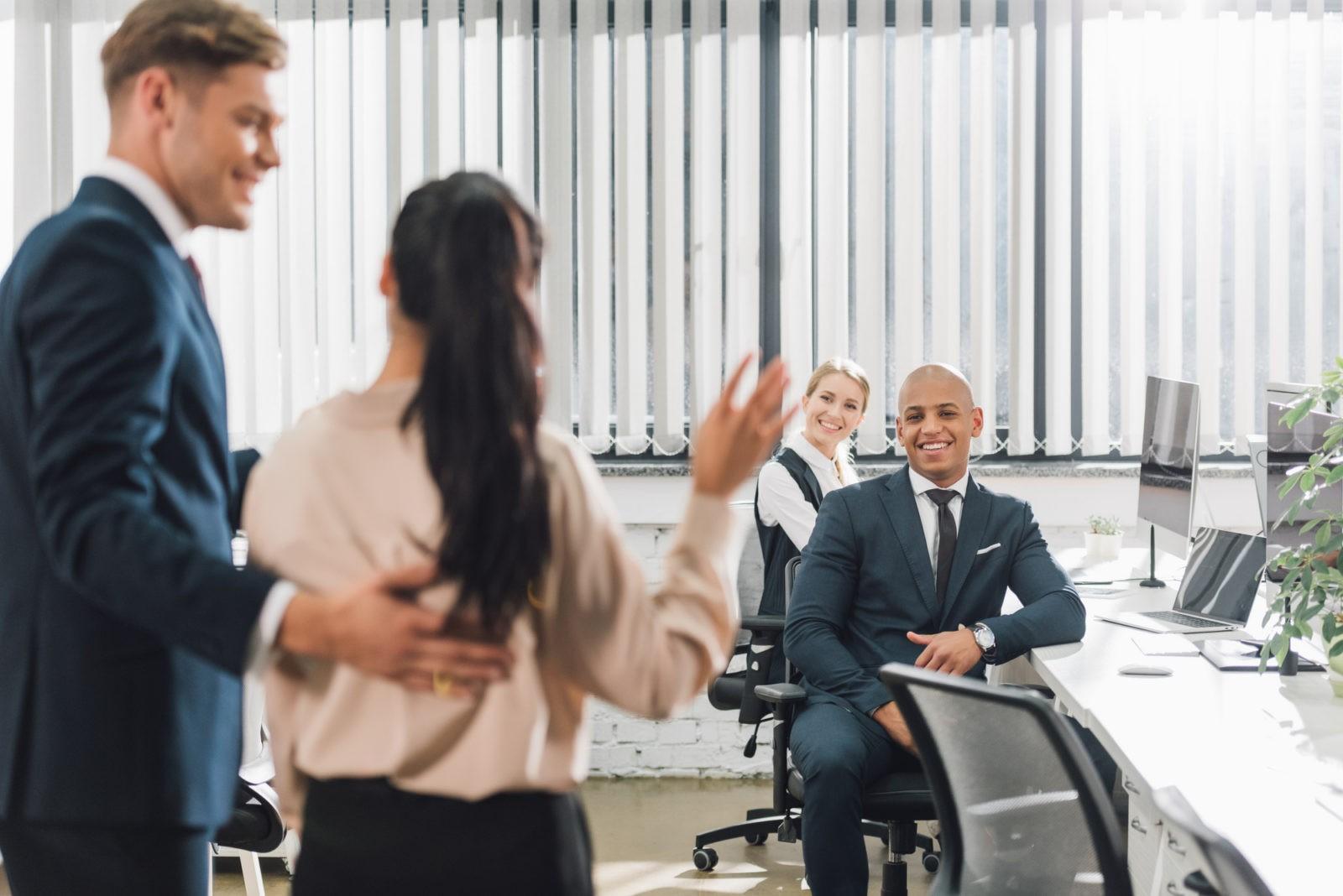 Как подружиться с коллегами по работе?
