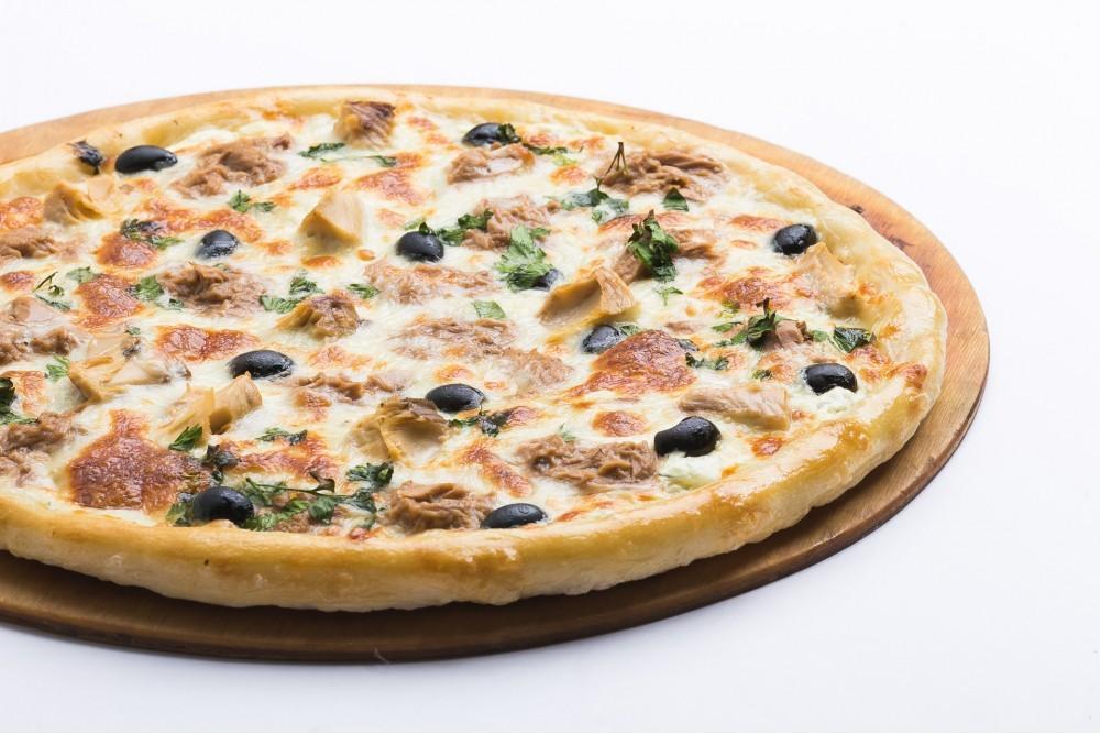 Пицца с картофелем и оливками