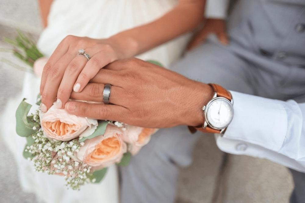 Зачем заключают фиктивный брак