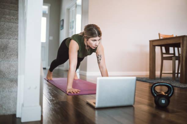 5 упражнений для мышц тазового дна