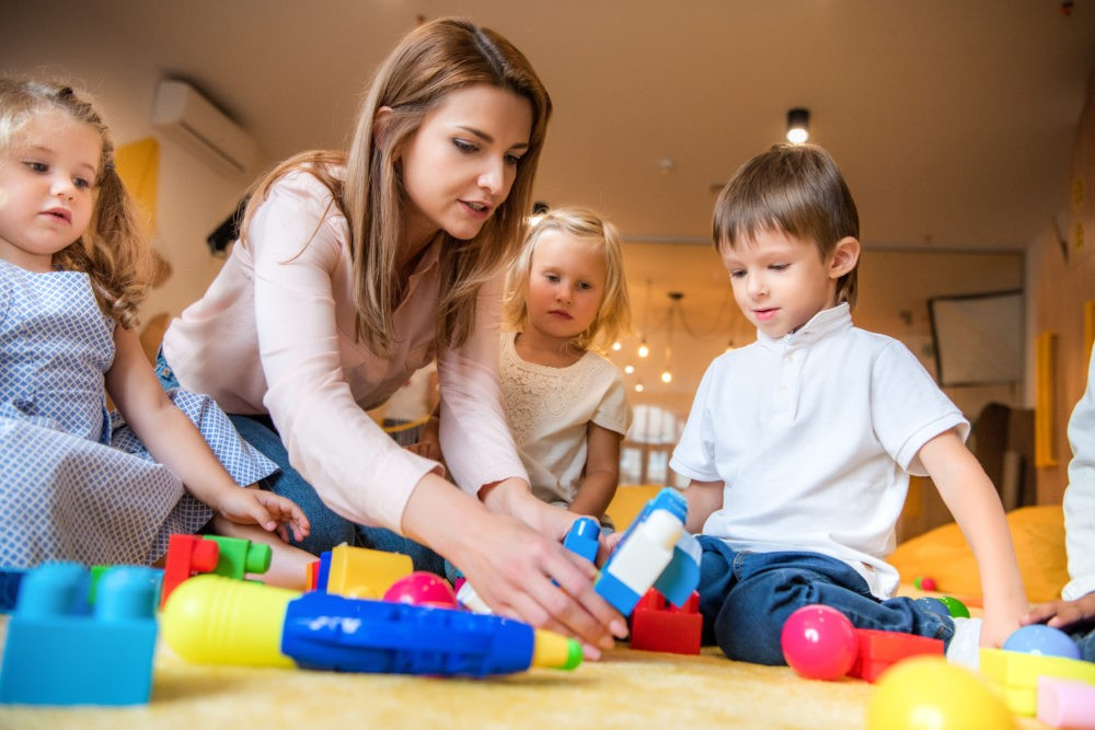 Домашний детский сад: за и против