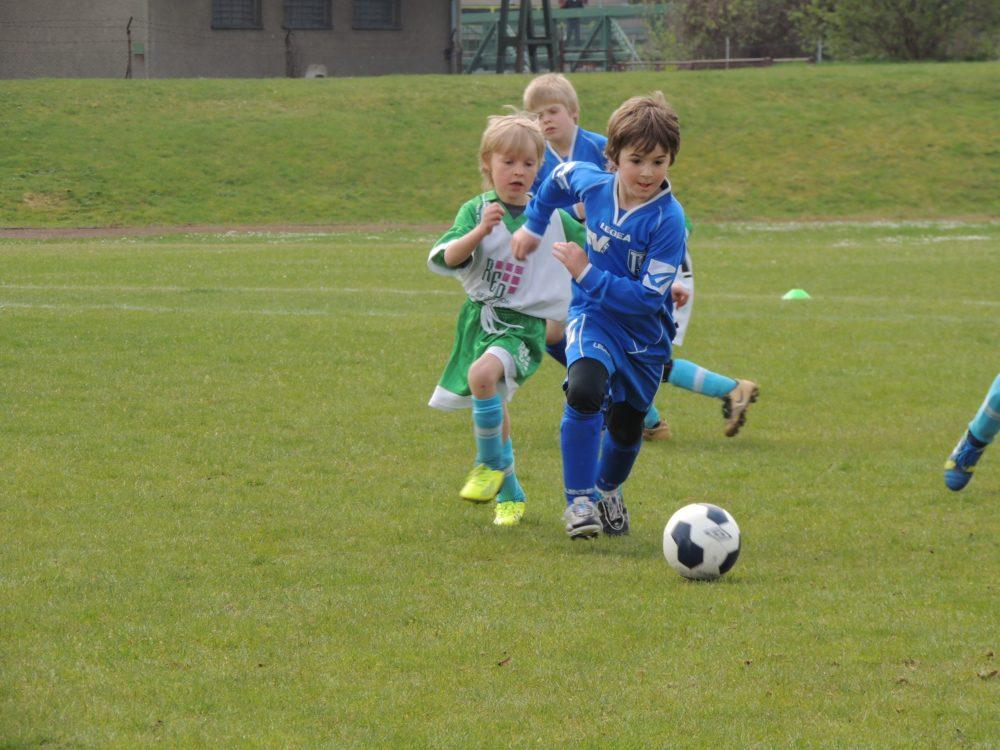 Детская футбольная форма: руководство по выбору для мам