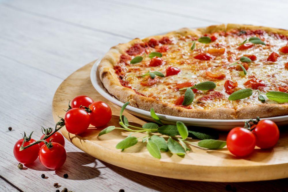 Где родилась пицца? Рецепт тонкого теста