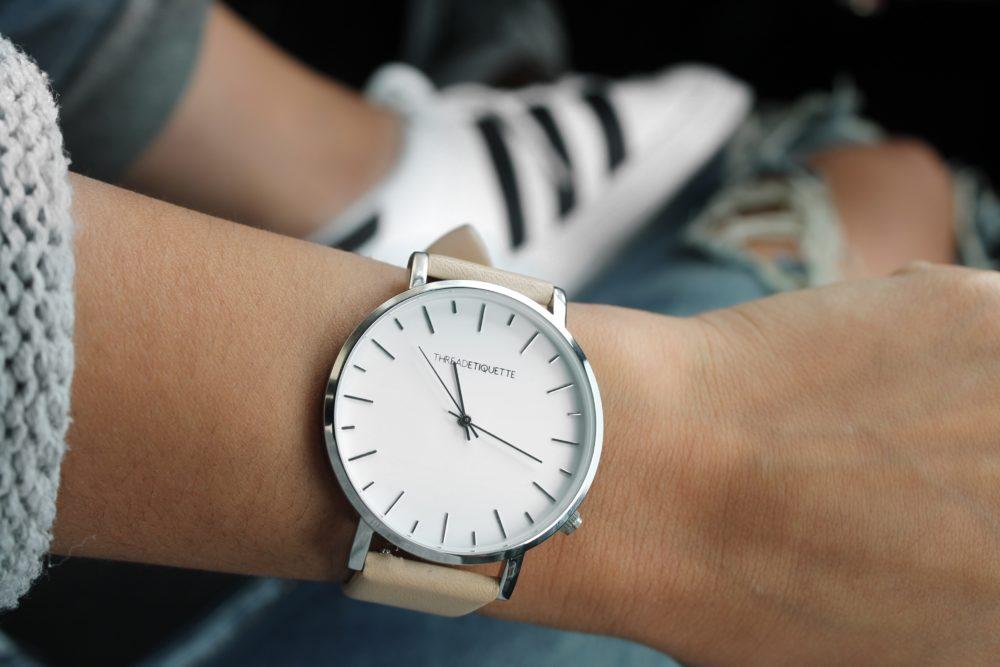 Как выбрать женские наручные часы: рекомендации профессионалов