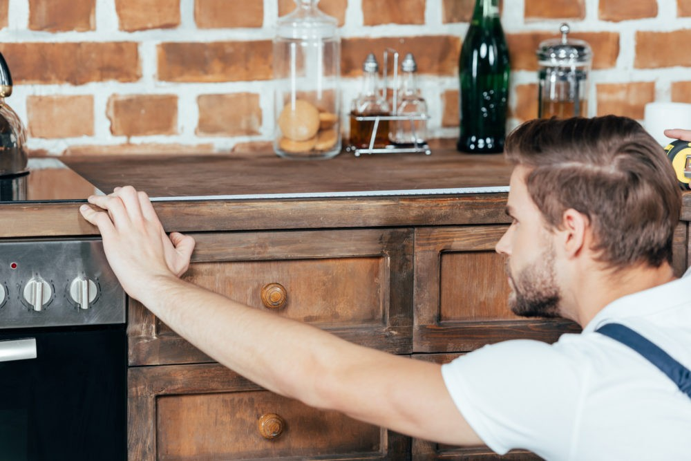 Современная мебель для кухни - из натуральной древесины