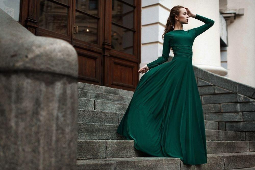 Макси-платья – как выбрать и с чем носить?