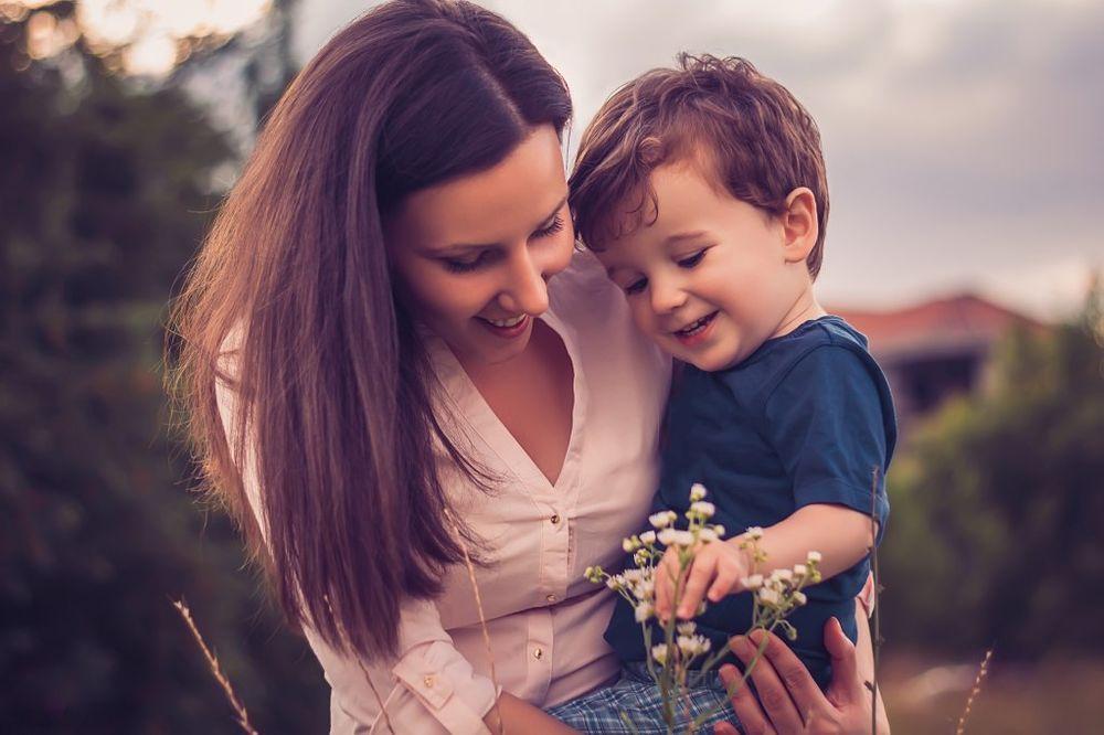 Воспитание детей: диктат или гиперопека?