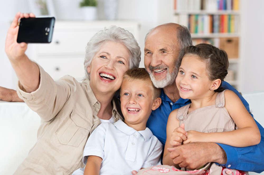 Родители и бабушки: шаткое равновесие
