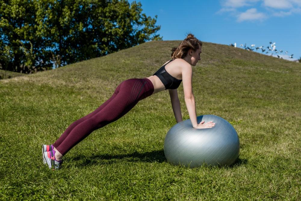 Упражнения после родов фото