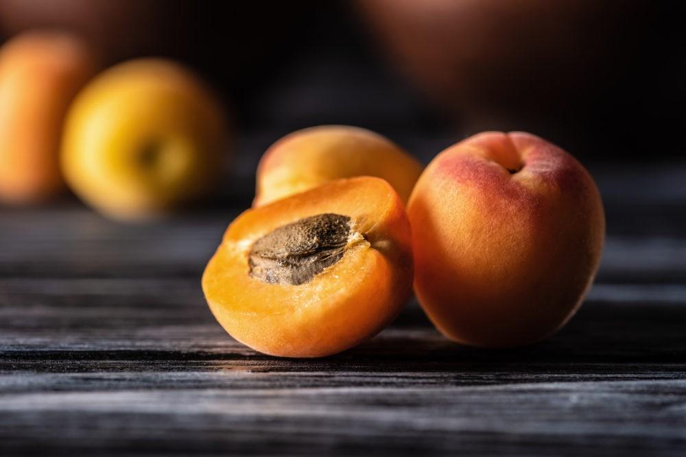 Полезные свойства фруктов на фото