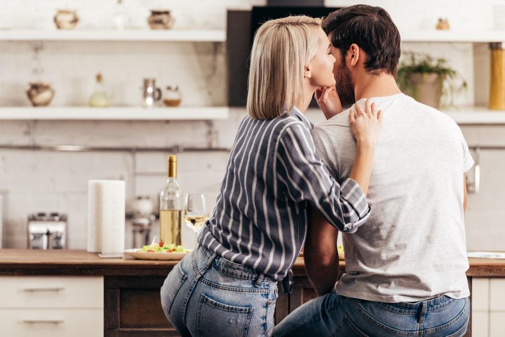 Запах женщины. Что такое афродизиак