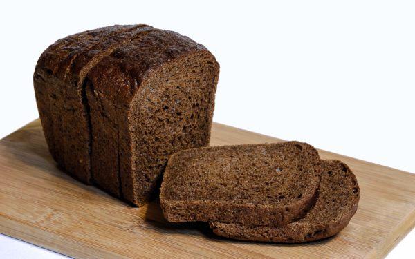 Хлебный пудинг с сушеной вишней