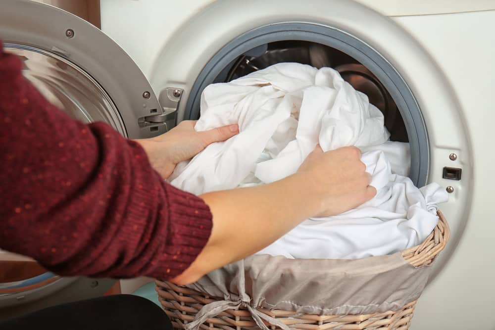 Как убрать запах из стиральной машины