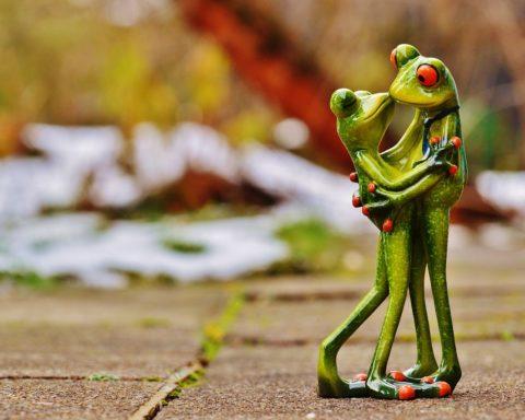 Деревянная свадьба - символика и подарки