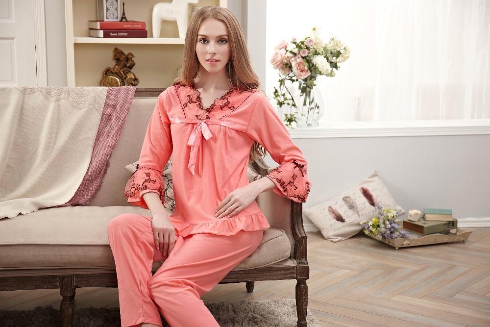 Все о трикотажных сорочках и пижамах – особенности выбора и ухода