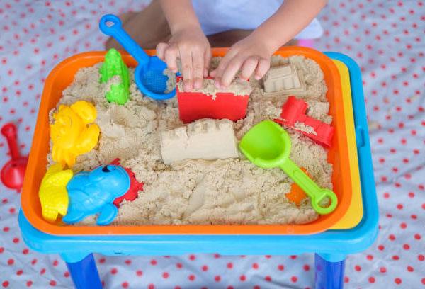 Кинетический песок своими руками – рецепты с содой, песком, крахмалом и без них. Что можно слепить из кинетического песка
